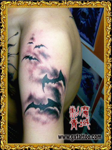 蝙蝠纹身图案大全; 云南纹身吧——蝙蝠