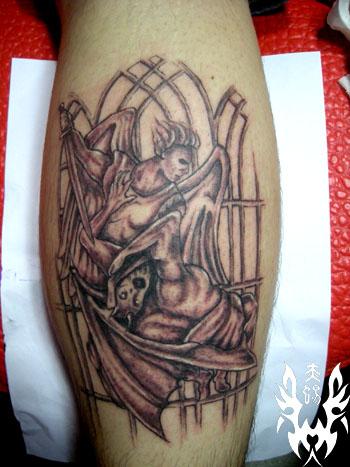 纹身图案 斗鱼里面红豆的纹身 > 赤蜴堂纹身店