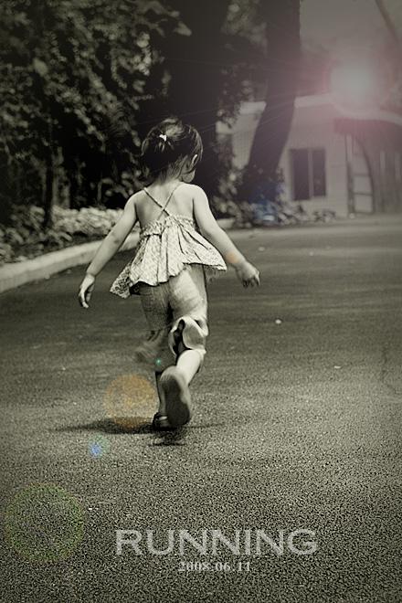 奔跑的背影