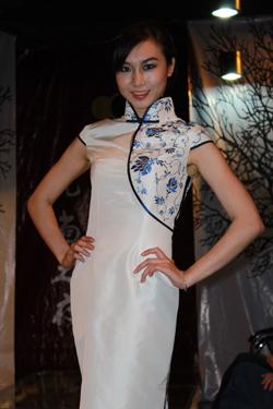 高级服装 定制魅力——私人服装设计师首现邕城