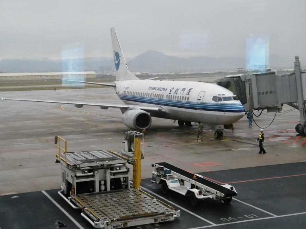 最大起飞重量70535kg 性能指标:巡航速度0