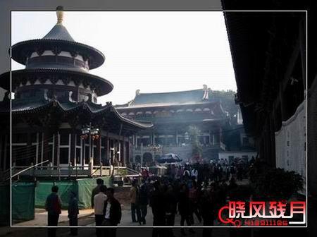 正月十五去南宁青秀山进香许愿(补记)