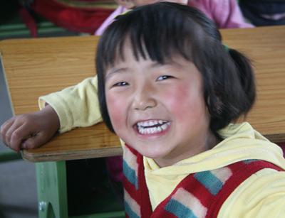发一组川娃子的可爱笑脸